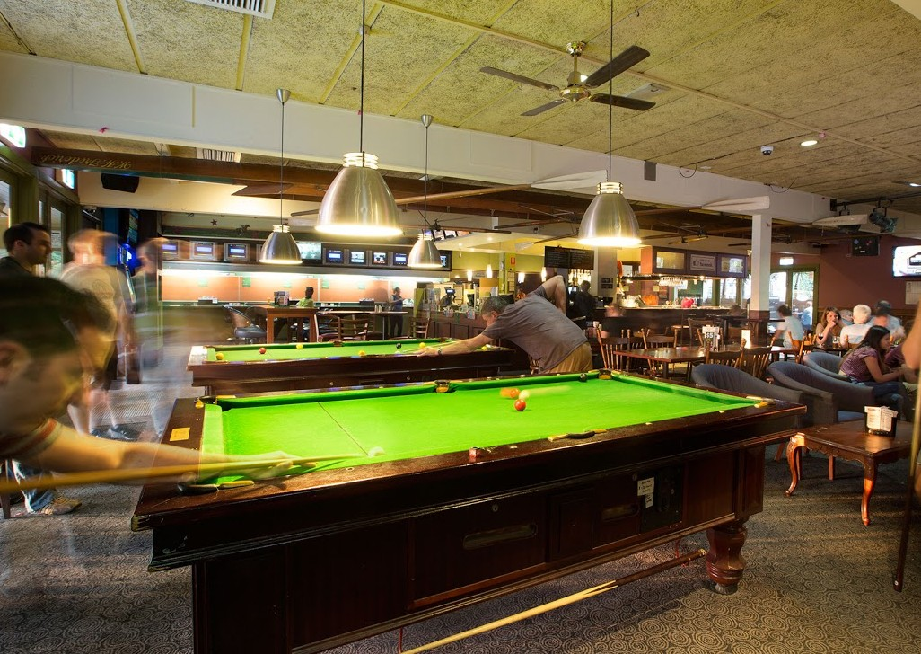 Best bars with pool tables in melbourne 2016 for Pool show in melbourne